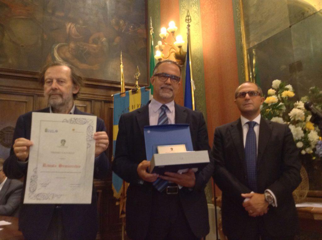 Da sinistra Paolo Lagazzi, vincitore Rivista Semicerchio, Rosario Russo