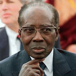 Leopold Sedar Senghor (Presidente del Senegal, poeta)