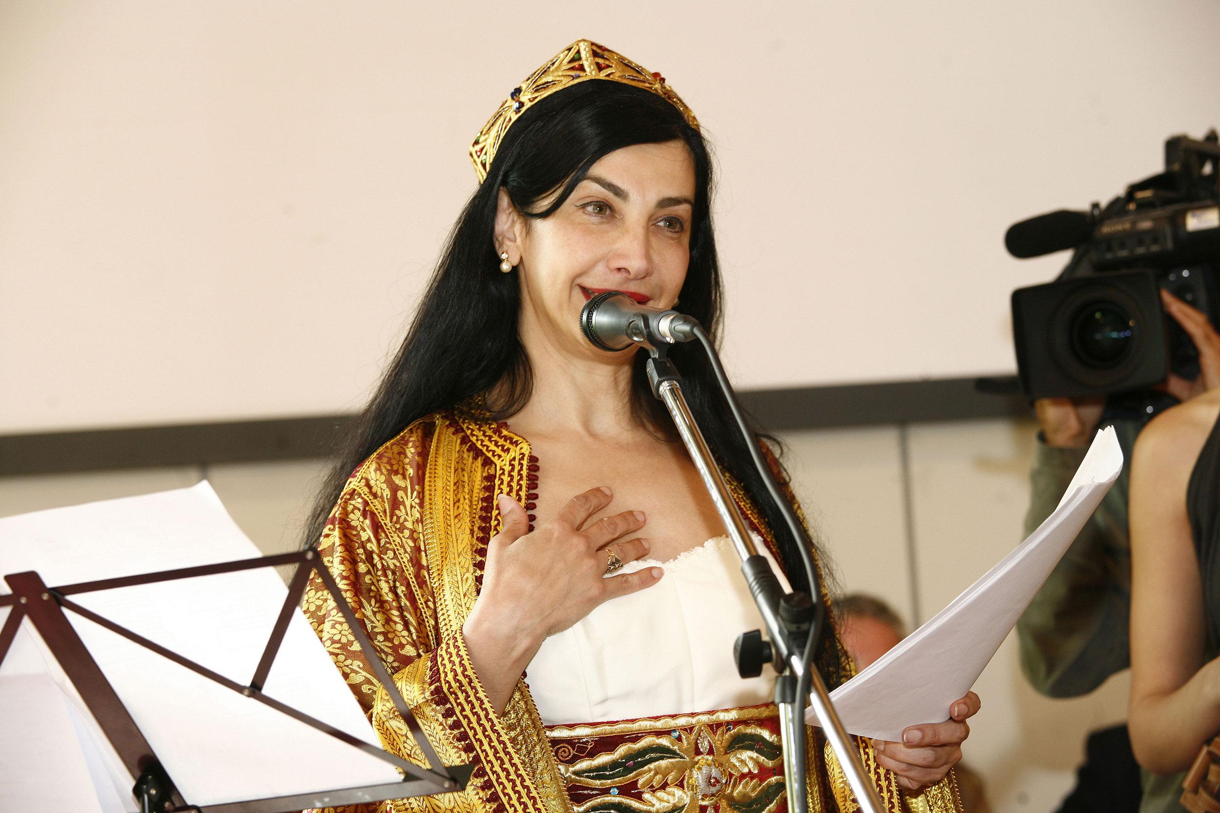 Maram Al Massri, Siria, Rose Cardinali