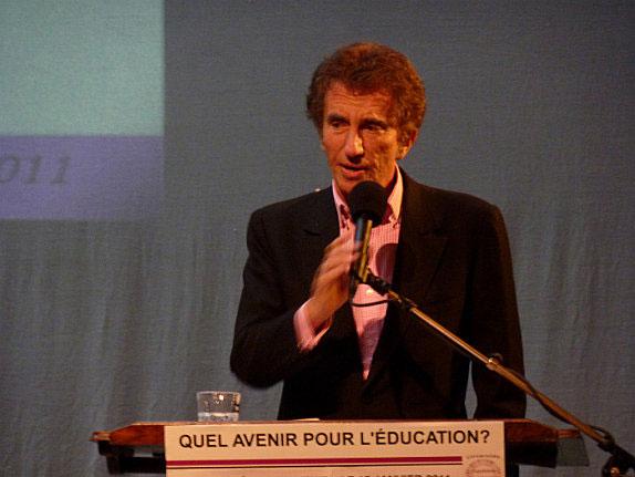 Ministro per l'educazione Jack Lang (Francia) e Printemps des Poètes