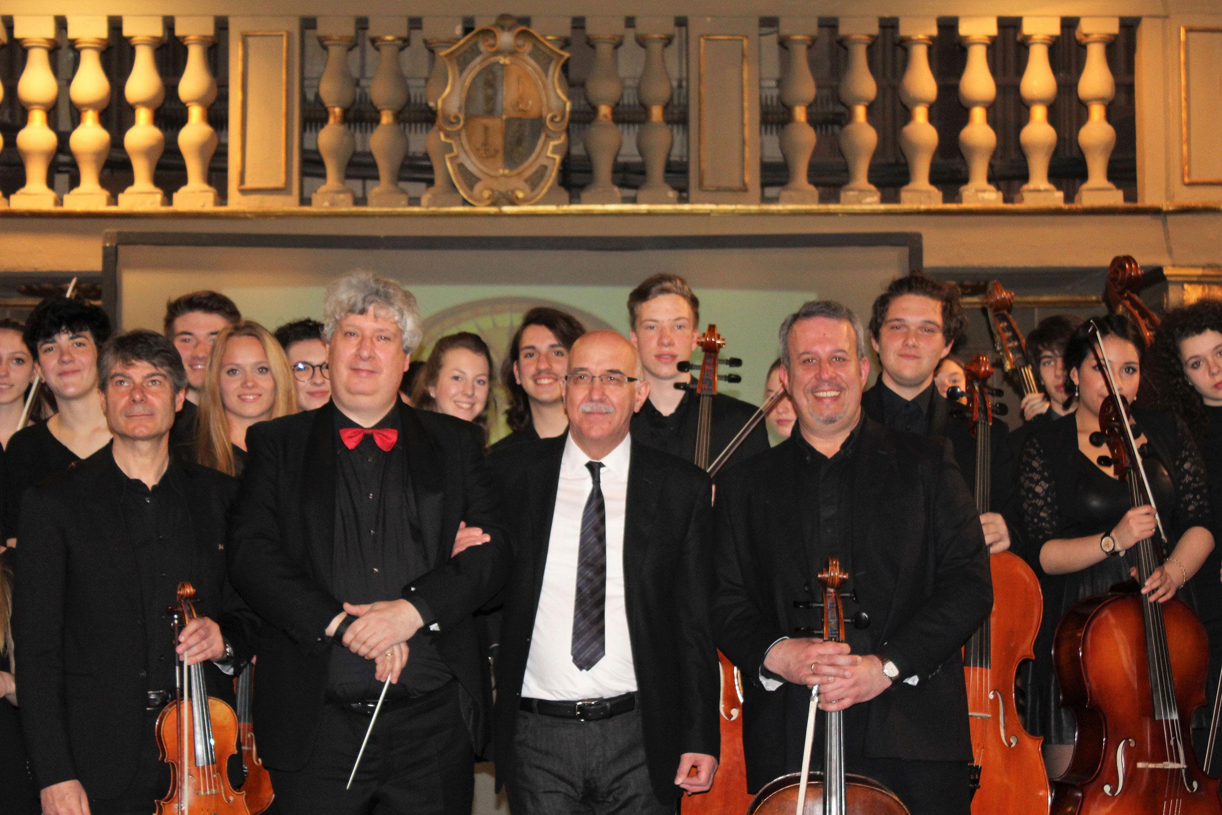 Orchestra giovanile con Stefano Quaglia Dirigente scolastico di Verona