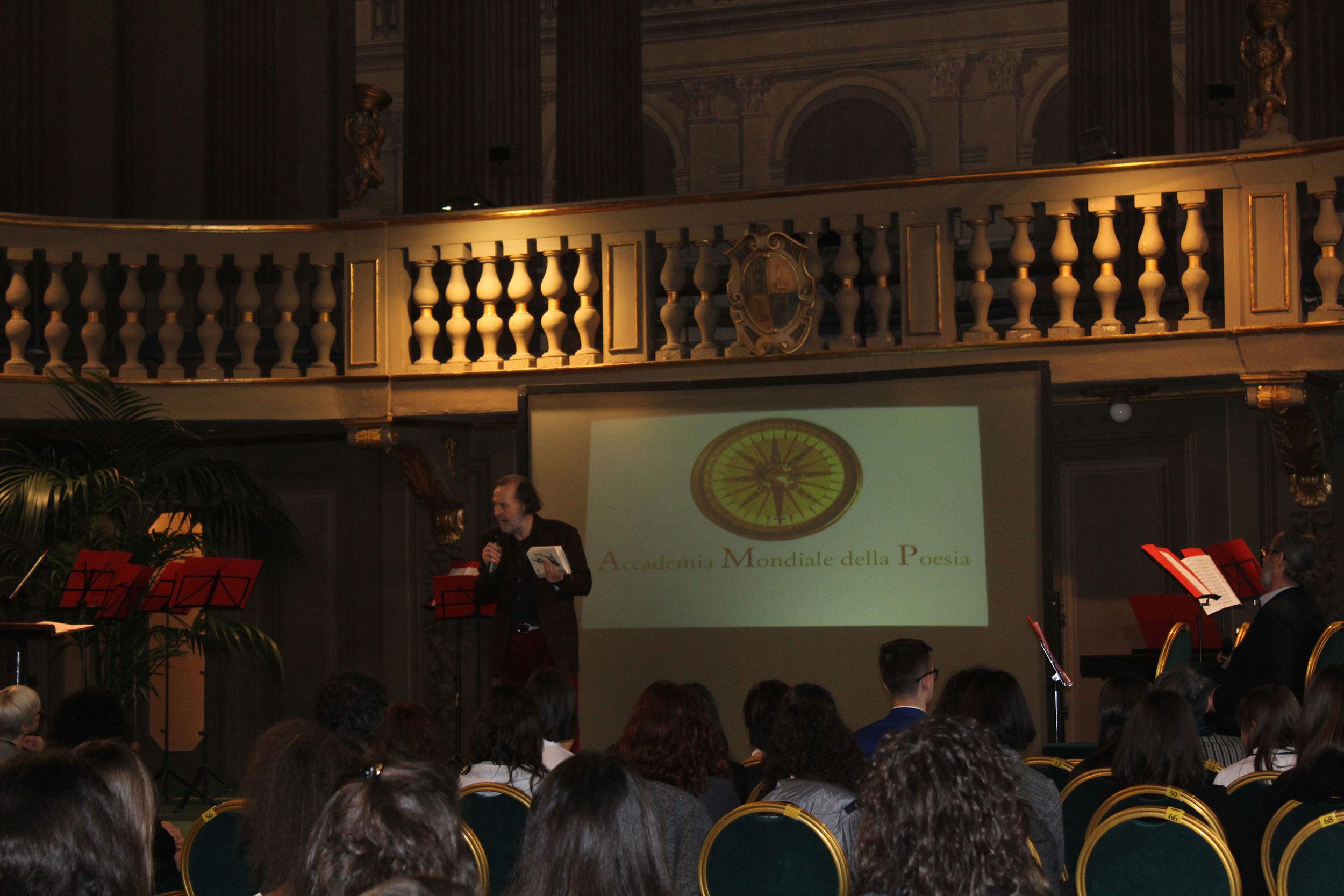 Paolo Lagazzi presenta il Concorso Tanka alle scuole